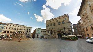 Gli Spazzacamino di Manlio hanno cliente anche in centro storico a Perugia