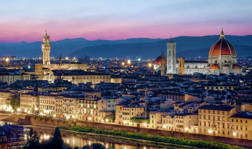 Un panorama del tramonto di Firenze