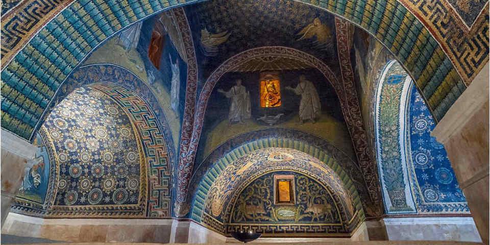 Il mosaico di galla placida a Ravenna