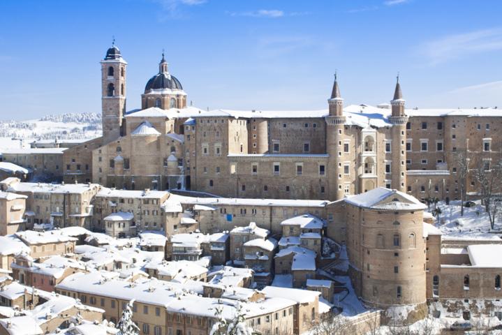 La neve a Urbino nelle Marche