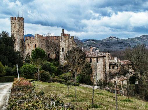 Scorcio del borgo di Castelnuovo Berardenga