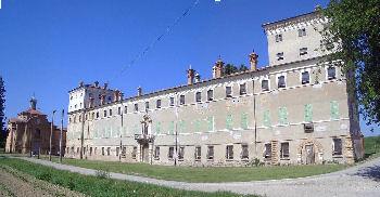Russi e palazzo San Giacomo