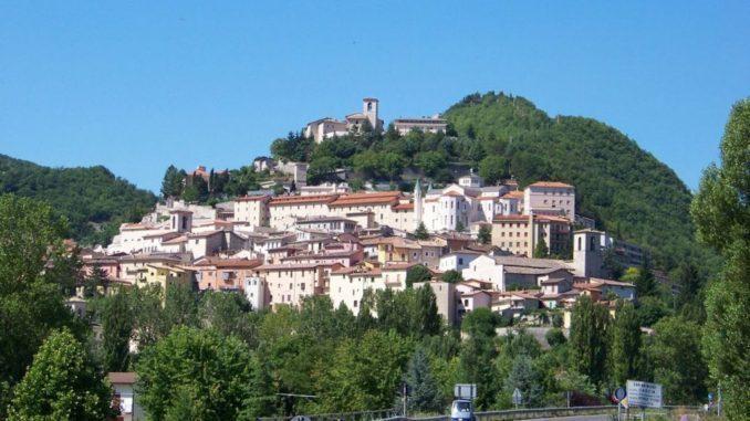 Vista panoramica della città di Cascia