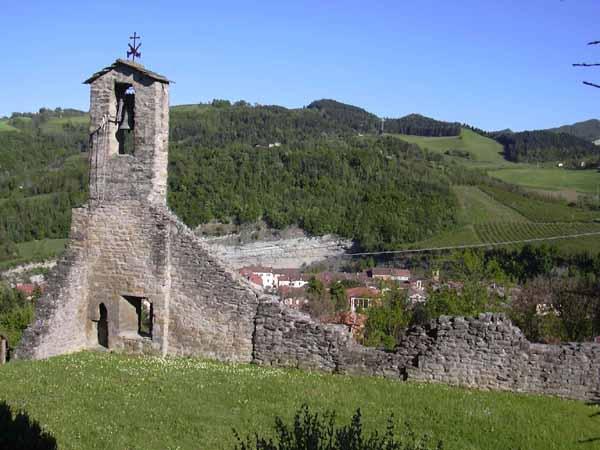 Casola Valsenio e la chiesa sopra