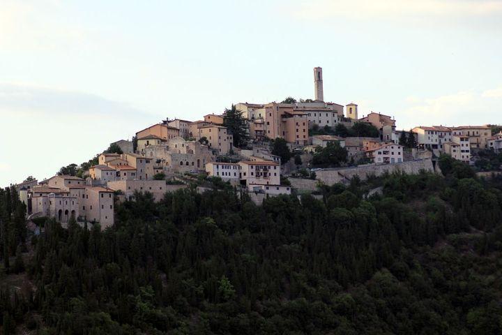 Panorama del borgo di Cerreto di Spoleto