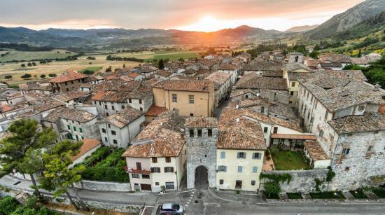 Panorama del borgo di Costacciaro