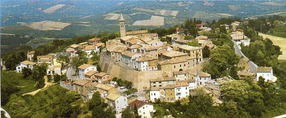 Foto aerea del panorama di Fratte Rosa