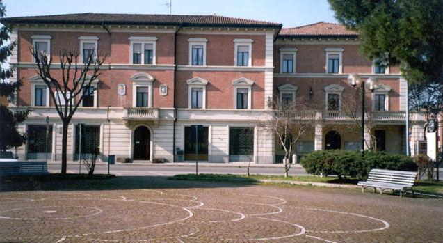 Il palazzo municipale di Granarolo dell'Emilia
