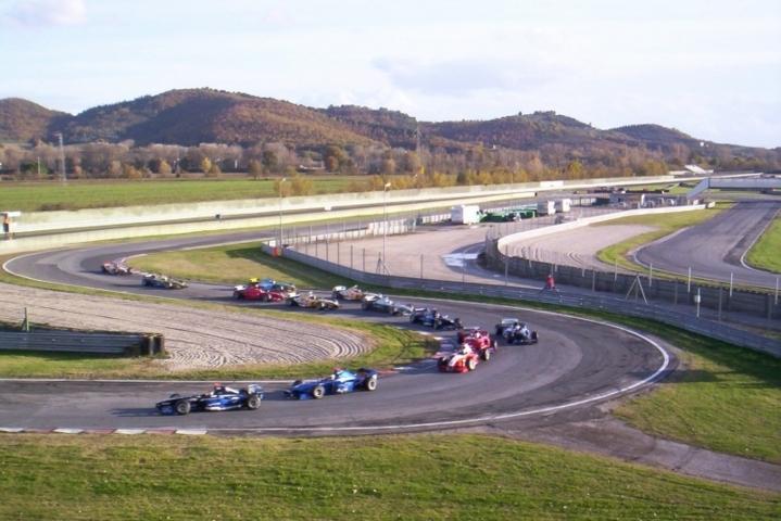 Gara automobilistica formula 3000 di Magione