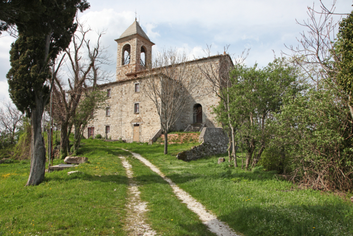 La chiesa di San Giovanni Battista di Maiolo