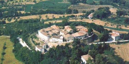 Montefelcino e la rocca di Montemanaro