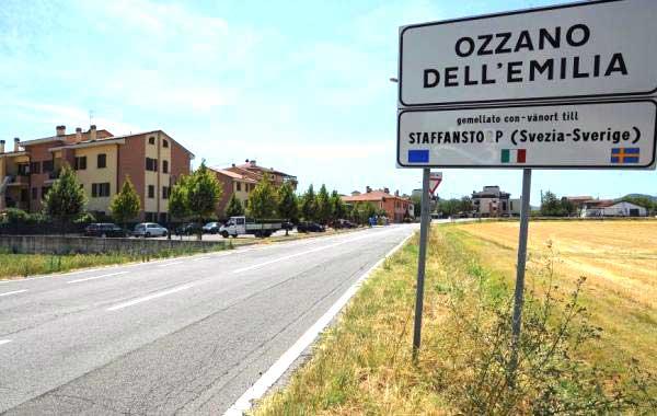 Il cartello stradale di Ozzano dell'Emilia