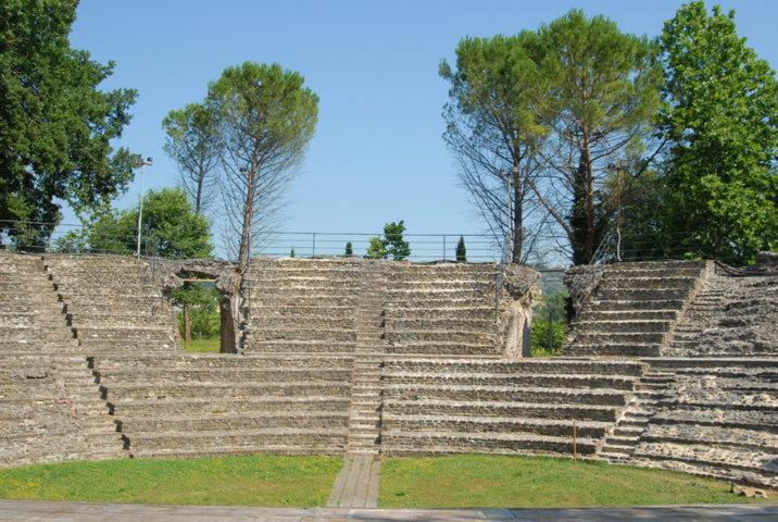 Falerone e il teatro romano del I secolo A.C.