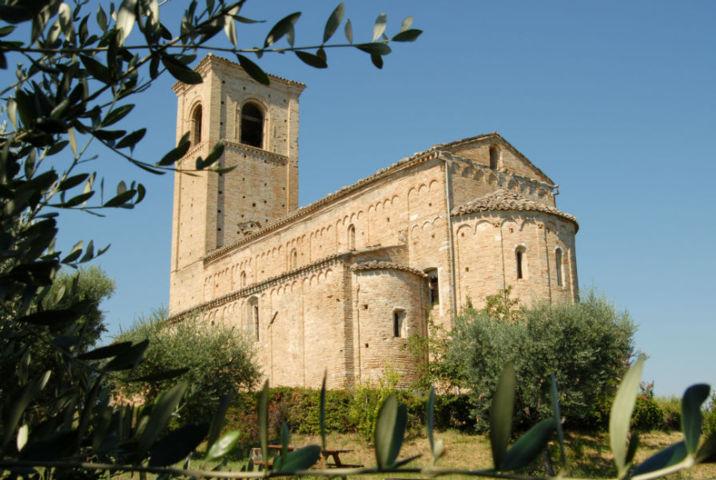 La chiesa di Ponzano di Fermo