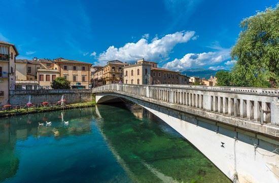 Il ponte sul fiume di Rieti