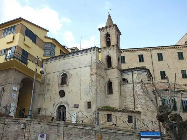 La chiesa di Santa Tecla di Appignano