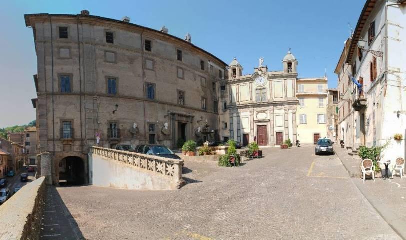 La Piazza Umberto I° di Bassano Romano