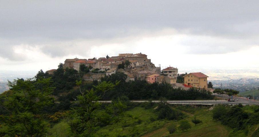 Il panorama del borgo di Brittoli