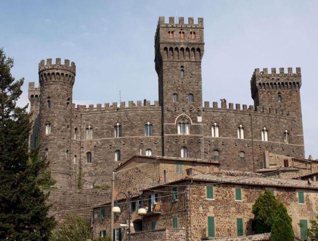 Il castello di Castel Giogio