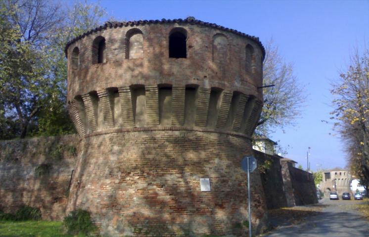 La torre di Castel guelfo di Bologna