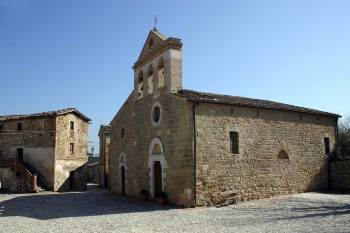 Chiesa di Castiglione della valle di Colledara