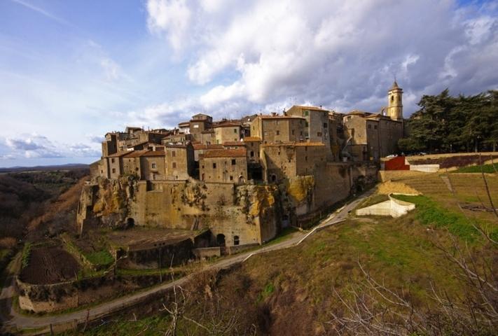 Il panorama del borgo di Farnese