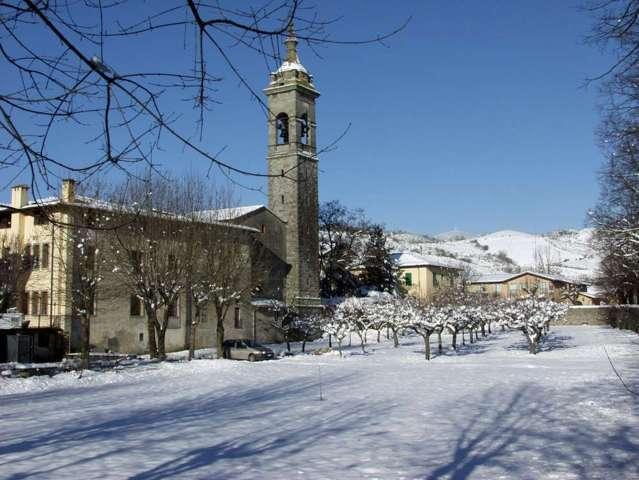 Il borgo innevato di Firenzuola