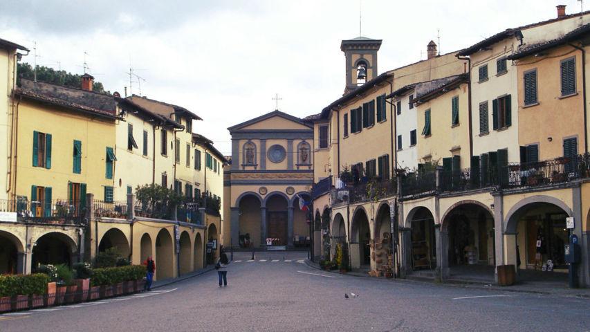 Uno scorcio del borgo di Greve in Chienti