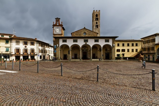 La piazza principale di Impruneta