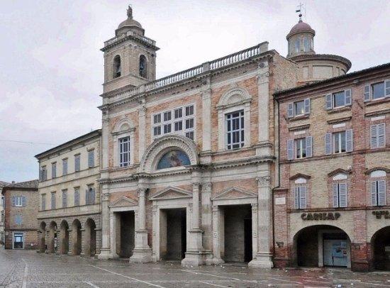 La collegiata di Santa Maria Assunta di Offida