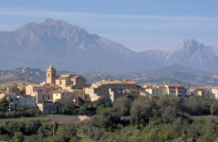Il panorama del borgo di Picciano