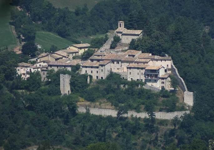 Il borgo Torricchio di Pieve Torina