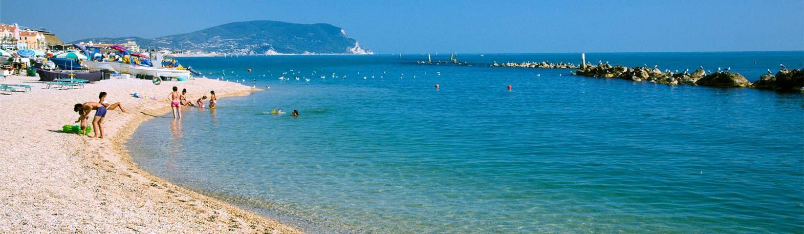 Il panorama della spiaggia di Porto Recanati