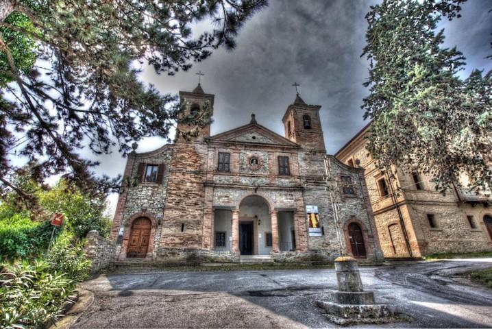 La chiesa di Santa Viviana di Rotella