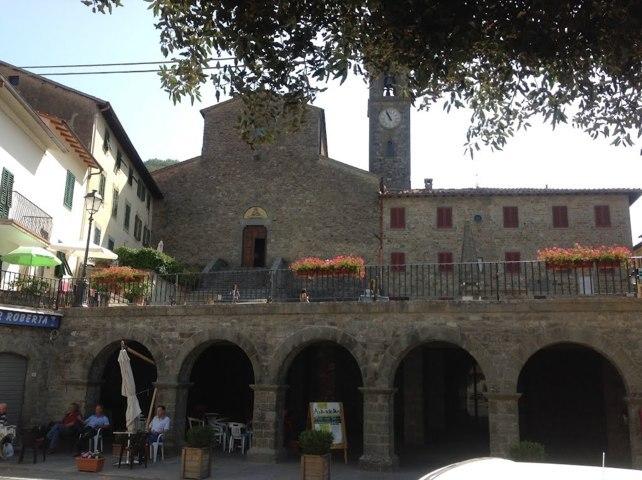 Uno scorcio del borgo antico di San Godenzo