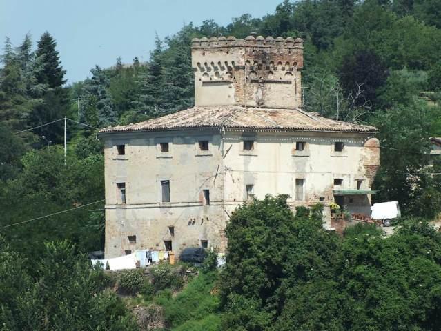 La rocca di San Filippo di Sant'Angelo in Pontano