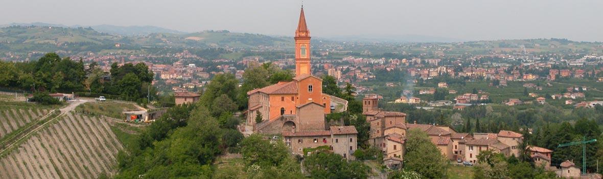 Il panorama del borgo di Savignano sul Panaro