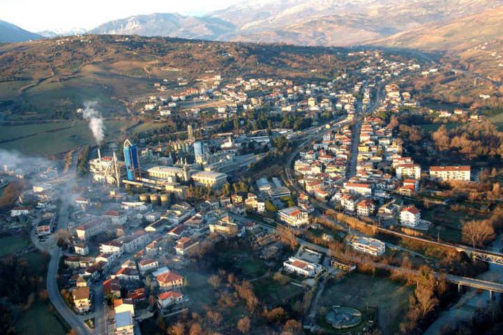 Un'immagine panoramica di Scafa