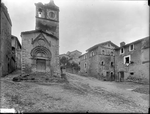 L'immagine storica da collezione di Tossicia