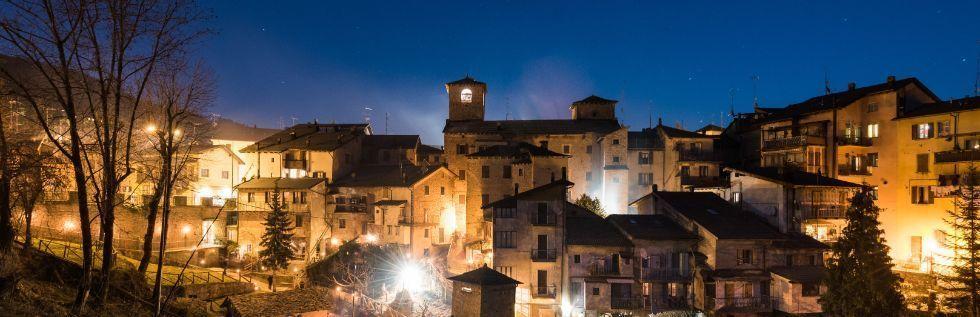 Il panorama notturno di Fanano
