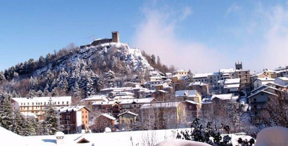 Il panorama con la neve di Sestola