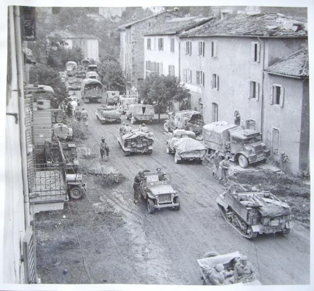 Un'immagine storica di uno scorcio del borgo di Cantagallo