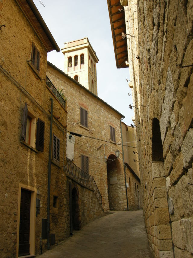Un'immagine di uno scorcio del borgo di Casale Marittimo