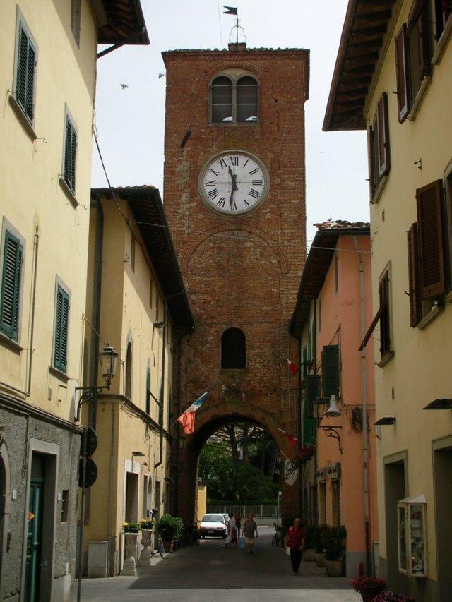 La torre dell'orologio di Castelfranco di Sotto