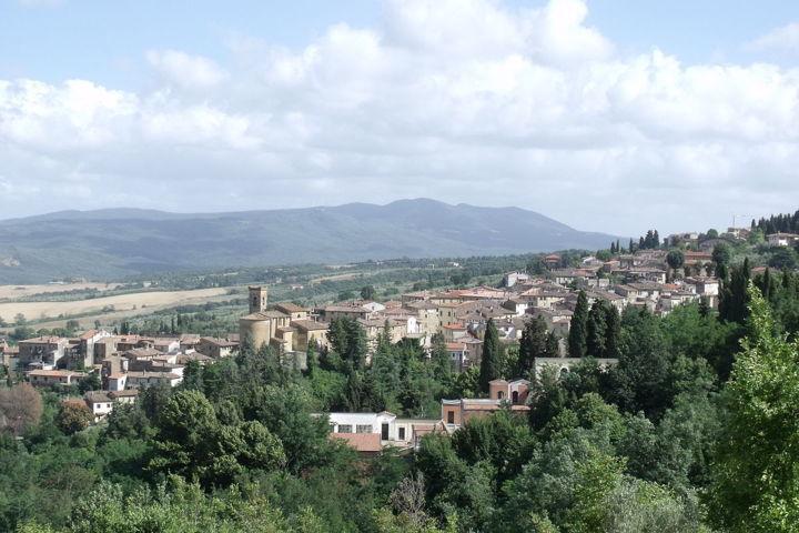 Un'immagine del panorama di Chianni