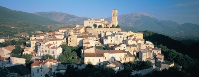 Il panorama del borgo di Goriano