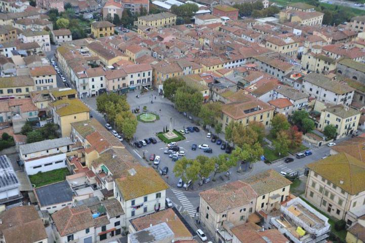 Un'immagine dall'alto di Ponsacco
