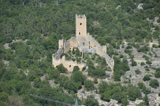 Il castello di San Pio delle Camere