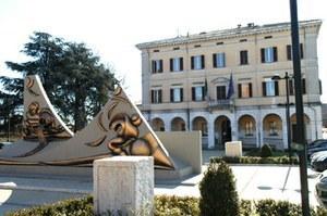 Il palazzo comunale di Sant'Agostino