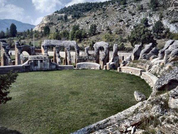 L'anfiteatro romano di Scoppito